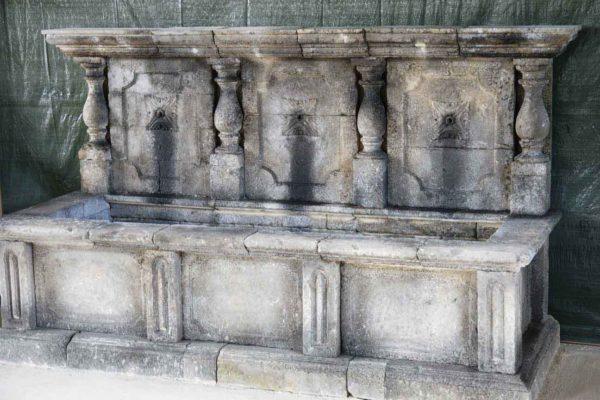 Leuca Fontana 4 Colonnine