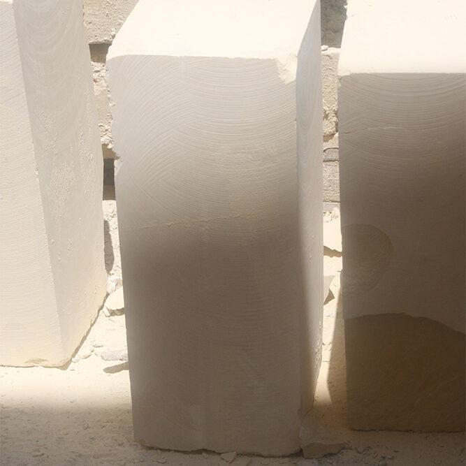 U Leccisu • In dialetto salentino rappresenta un blocco di Pietra Leccese cavato e pronto per essere utilizzato